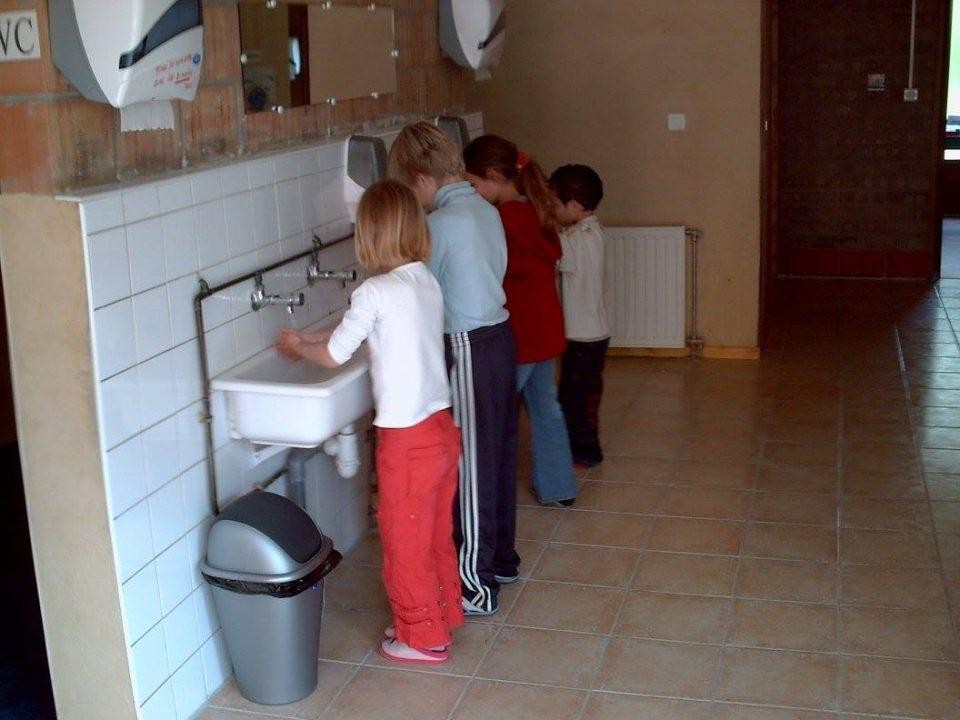centre-education-nature-sanitaires